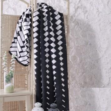 Patura pufoasa 16157a BLACK&WHITE, 150x200cm